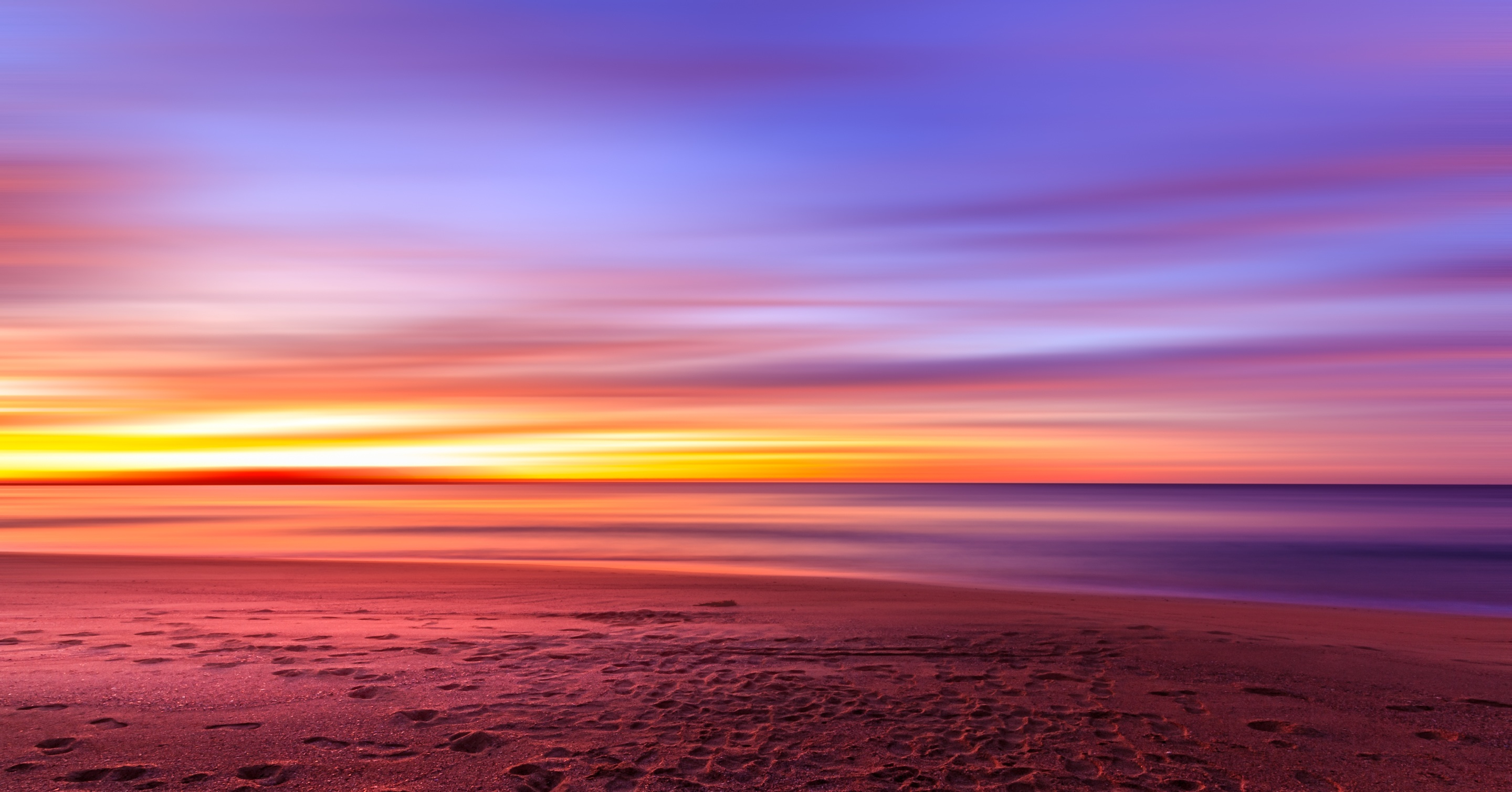 Beautiful Landscape Sunset And Dusk On The Beach At Sydney New