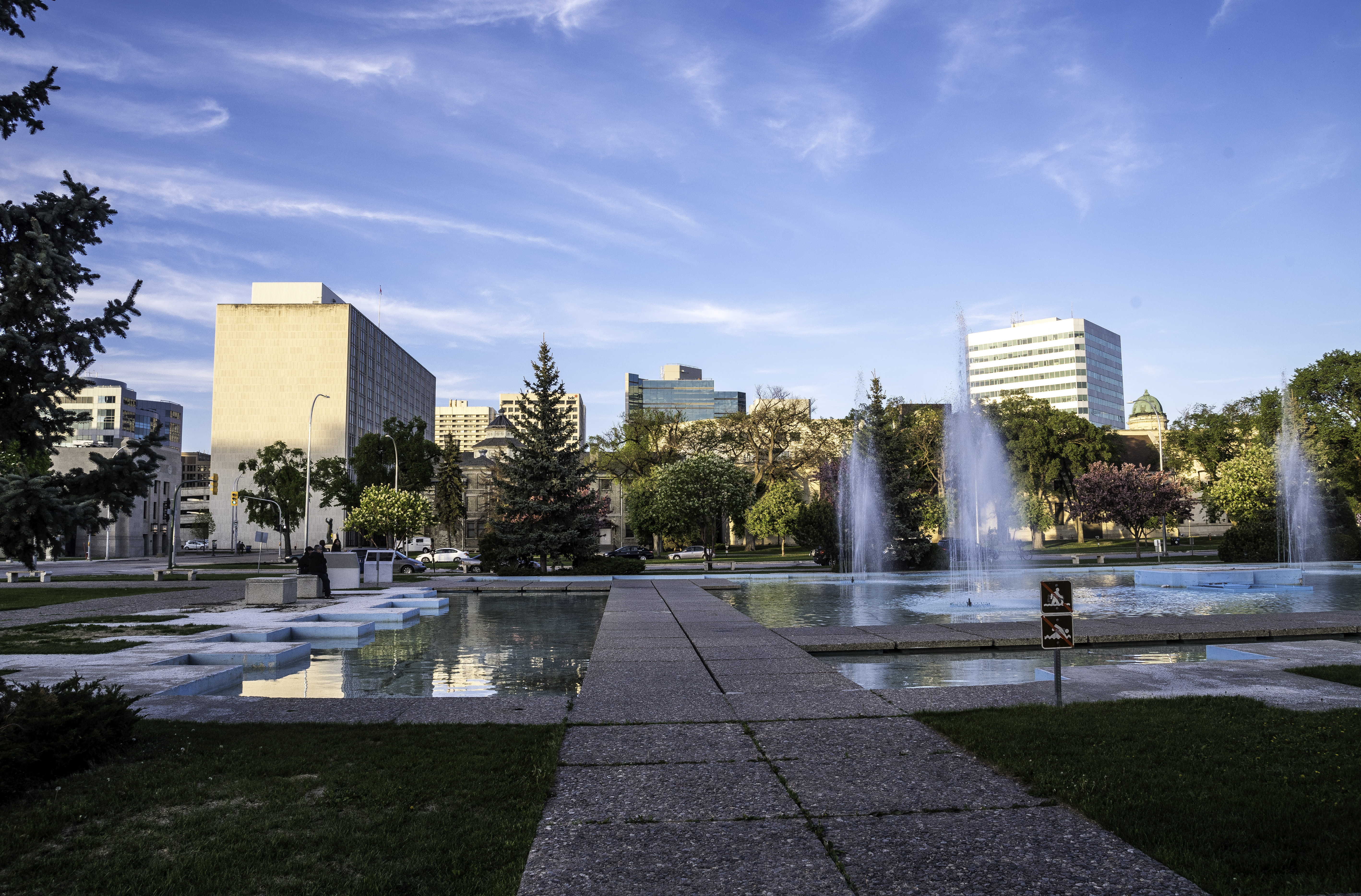 Pools And Fountains With Skyline Of Winnipeg Image Free Stock Photo Public Domain Photo