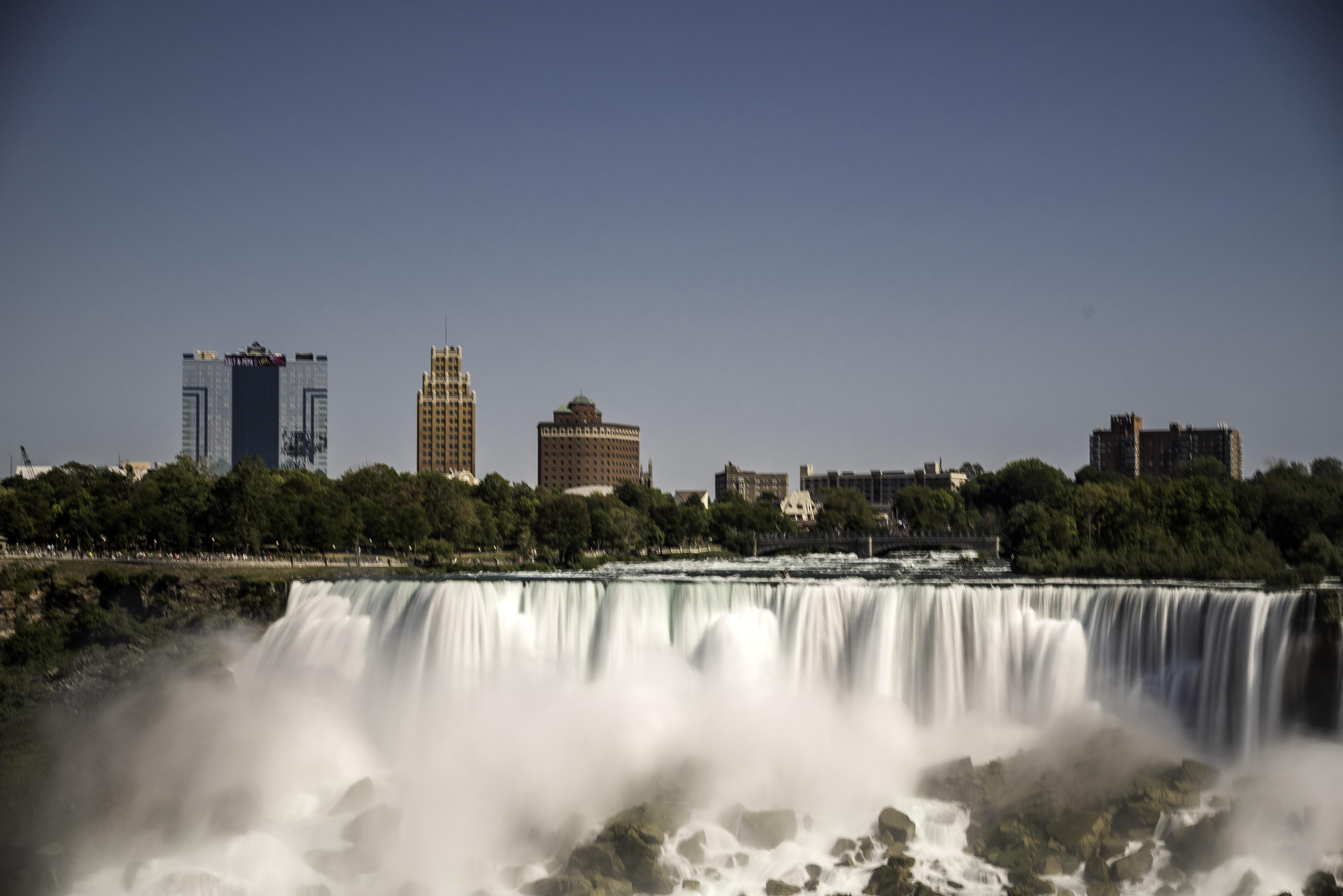 Niagara falls hotel resort packages