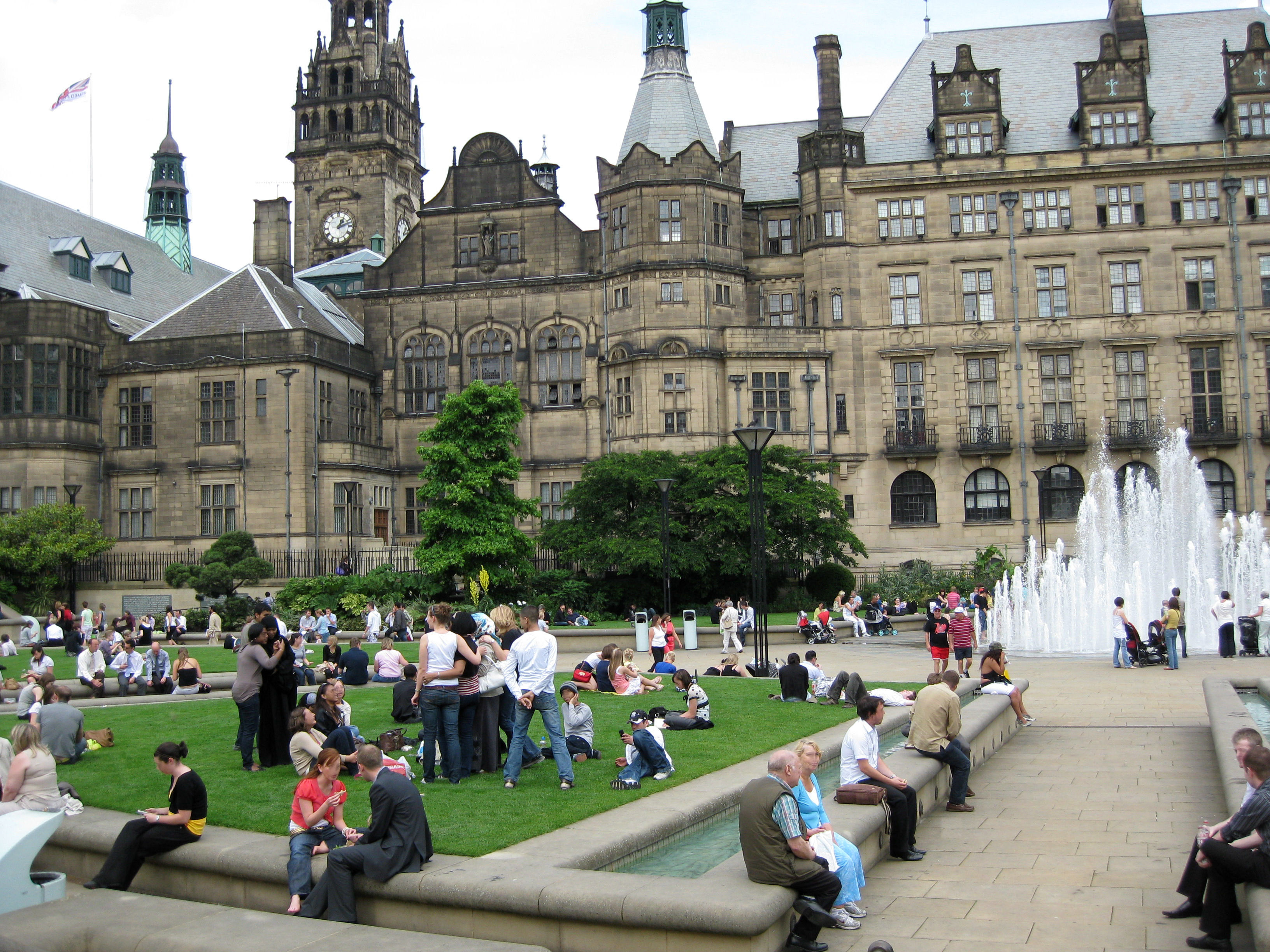 sheffield-town-hall-in-england.jpg?profile=RESIZE_710x