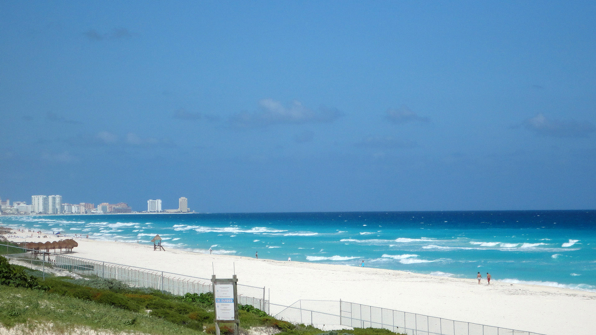 seaside-landscape-and-scenery-in-cancun-mexico.jpg