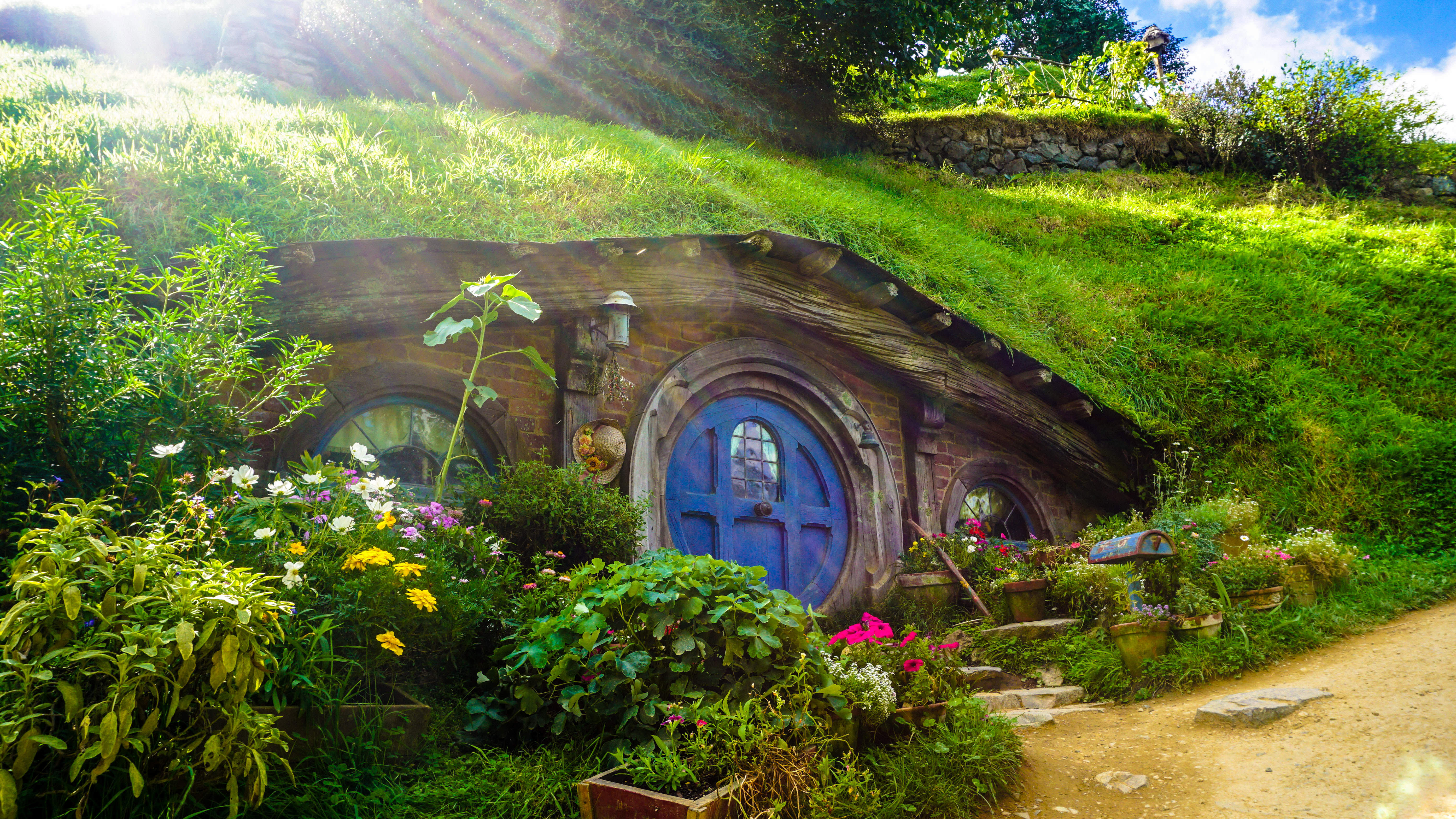 Hobbit House in New Zealand. Photo by Andres Iga.