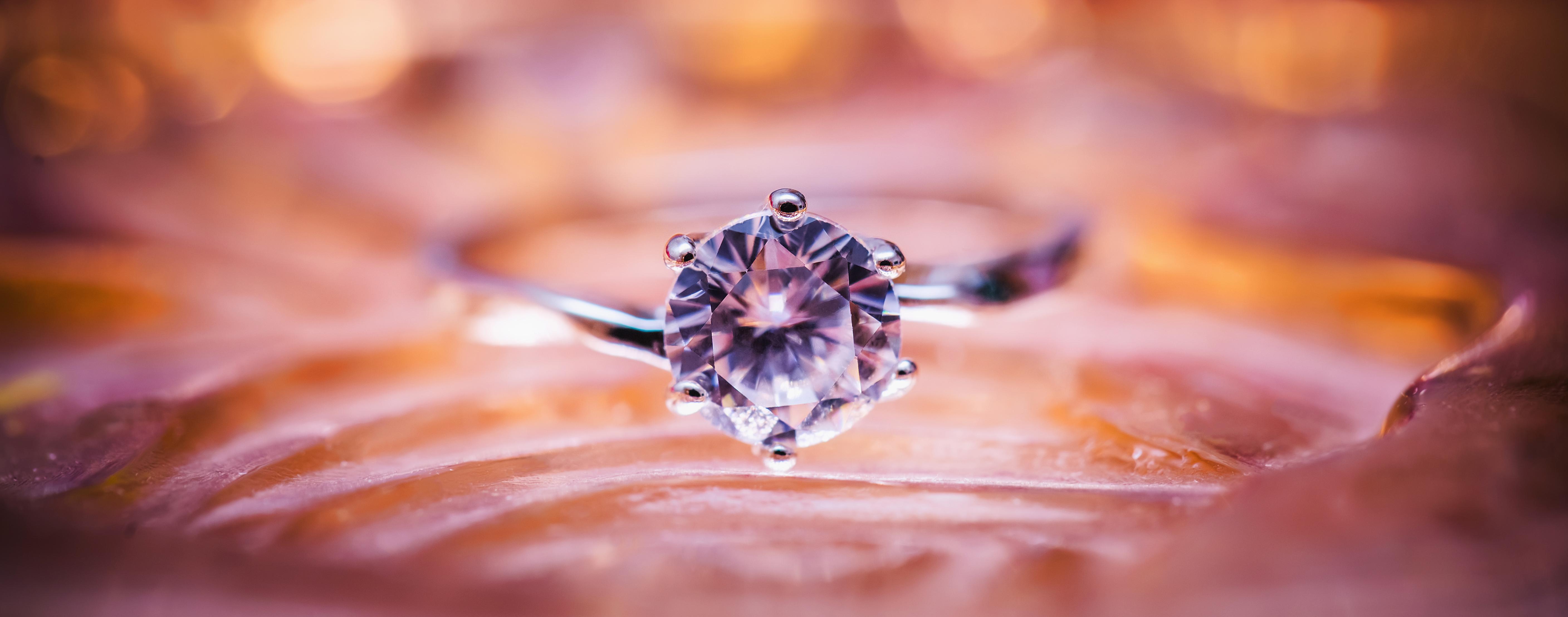 Diamond Ring image - Free stock photo - Public Domain photo - CC0 Images