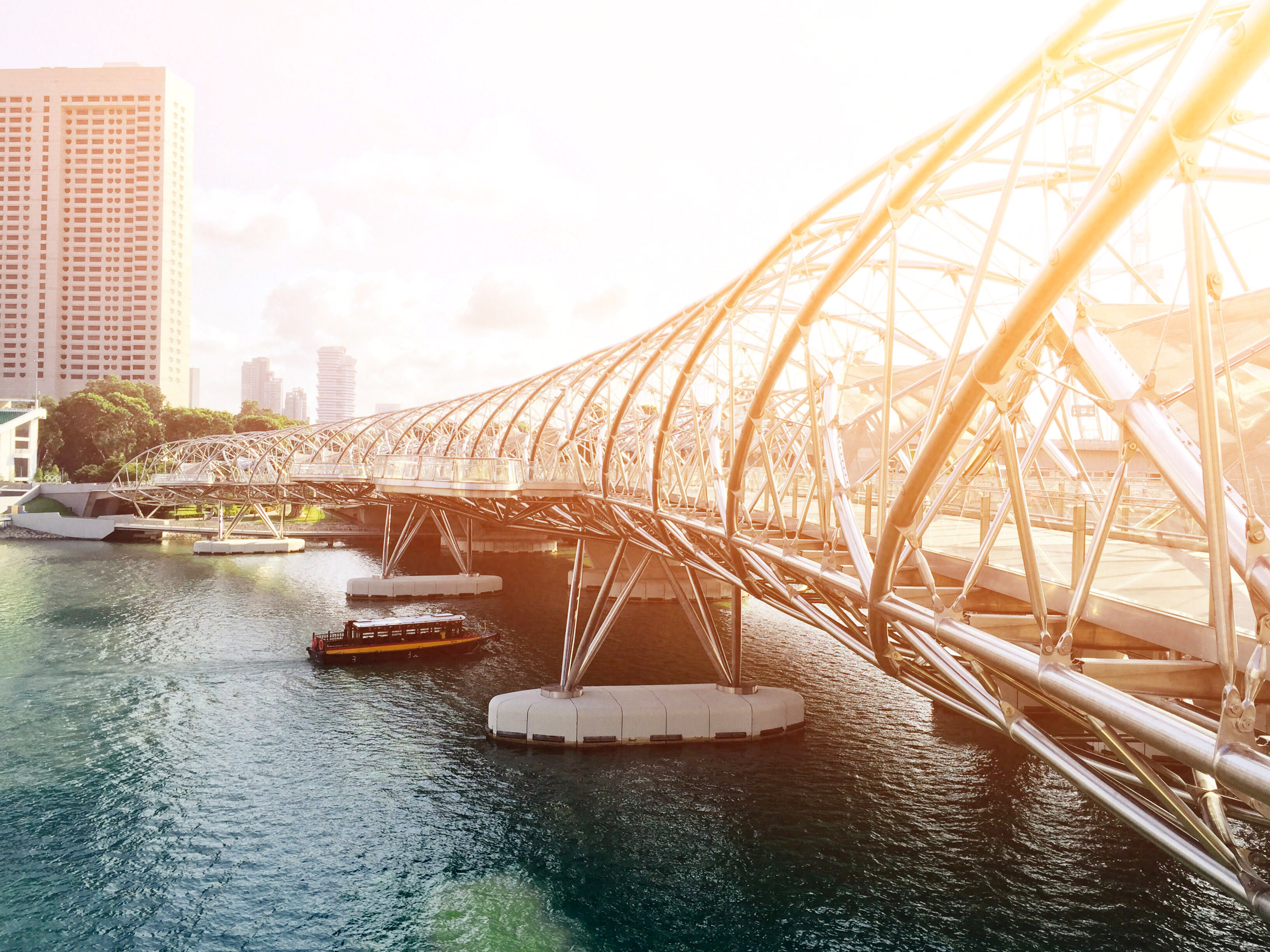 Bridge architecture in singapore under the sunlight image Domaine architecture