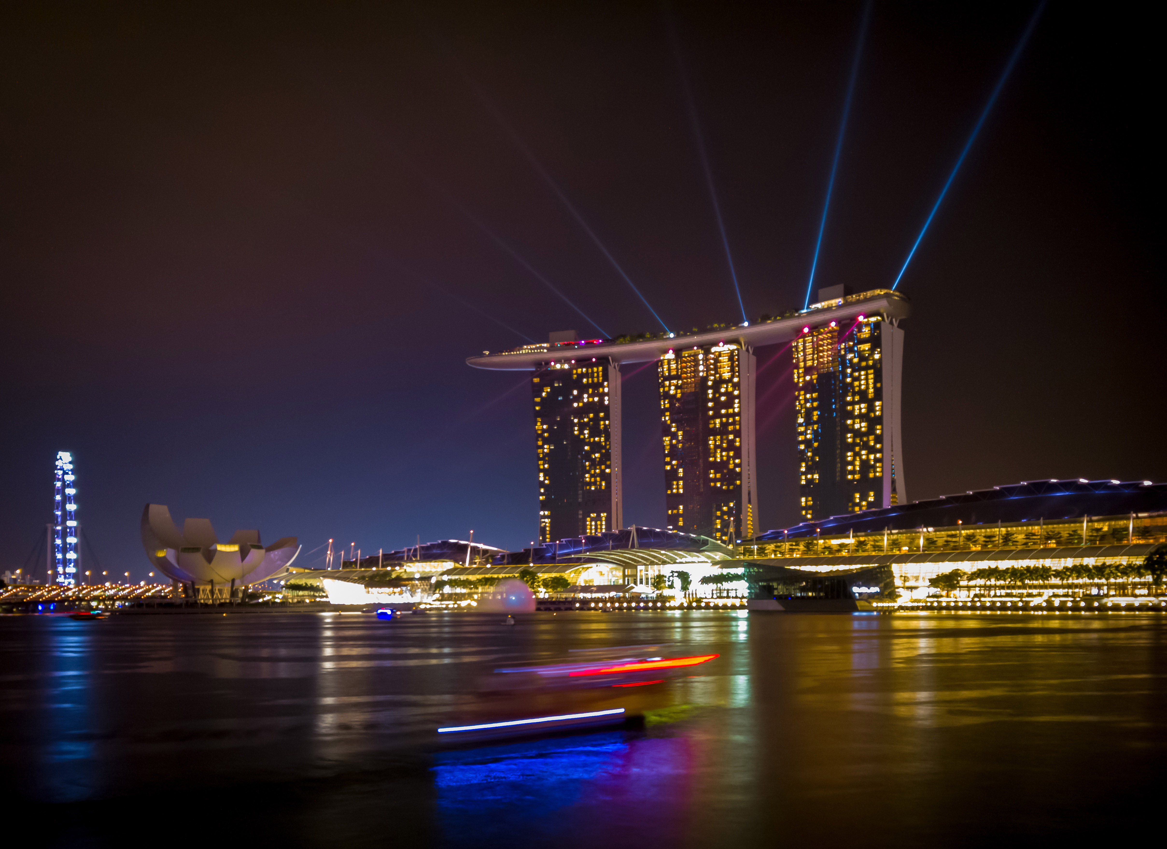 Stock Chart Singapore: Triple towers and lights in cityscape of Singapore - Free Public ,Chart
