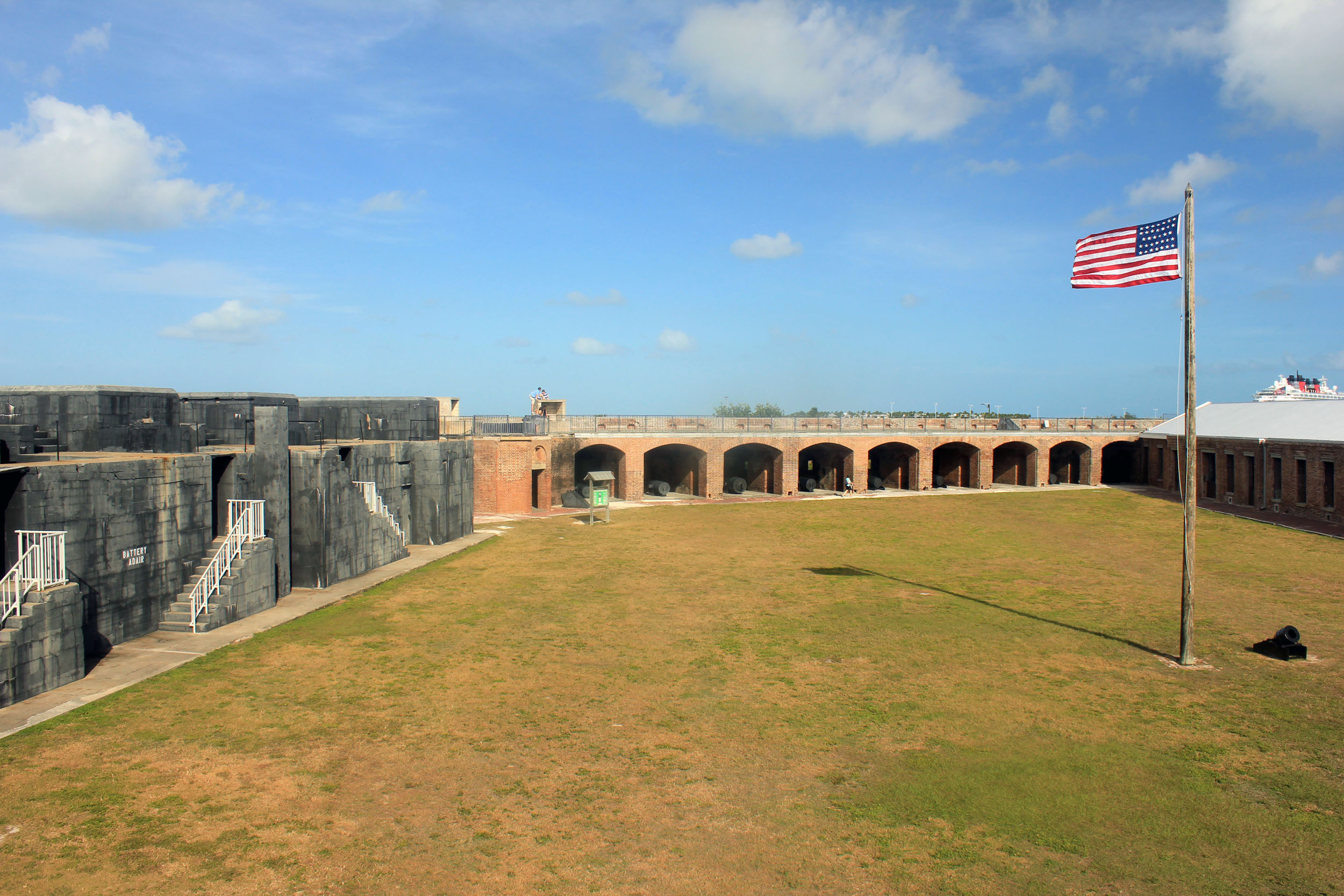 fort zachary taylor Fort zachary taylor historic state park: pleasant surprise - see 5,452 traveler reviews, 2,835 candid photos, and great deals for key west, fl, at tripadvisor.