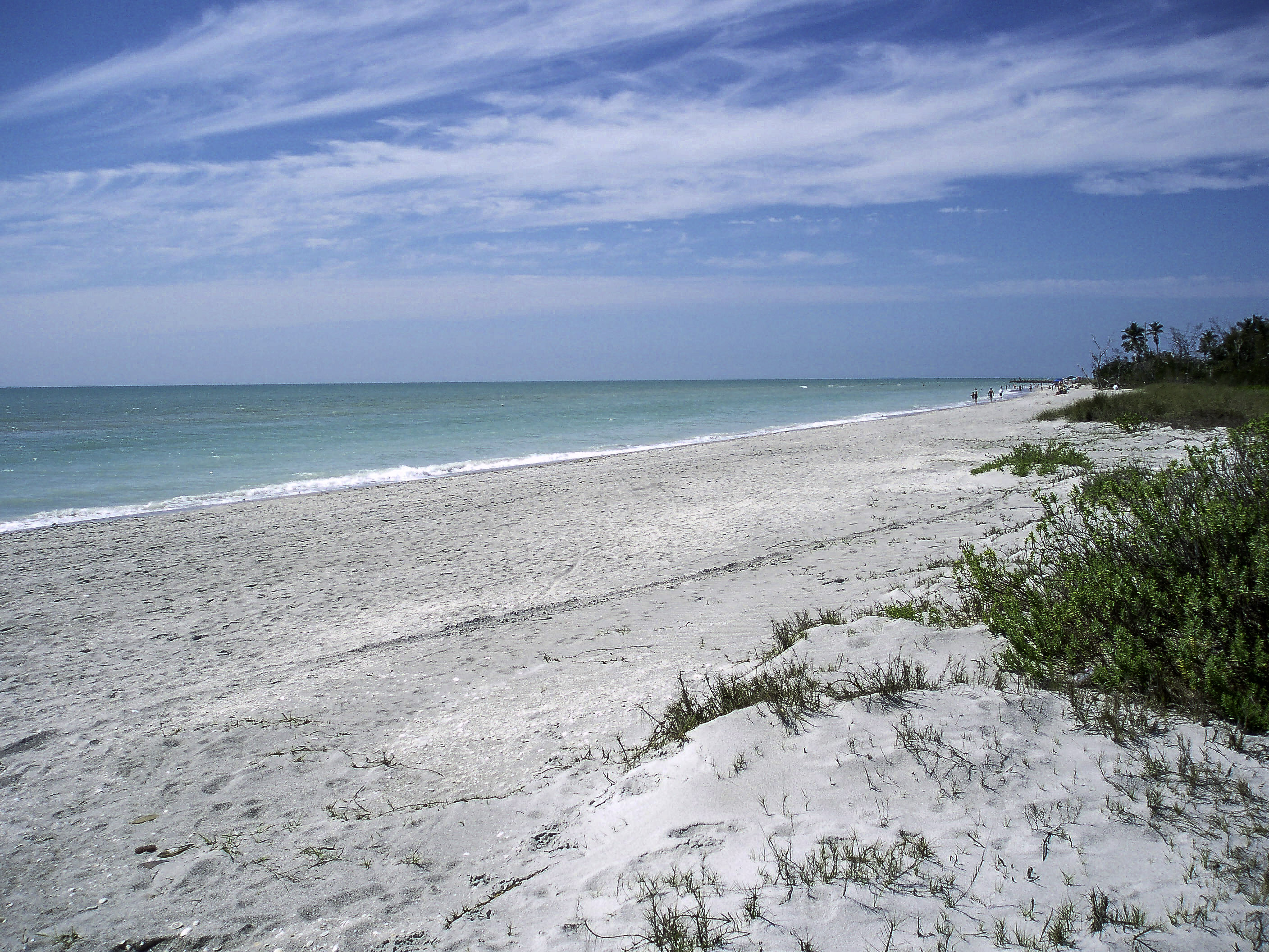 Beach near the western end of Sanibel in Florida image ...