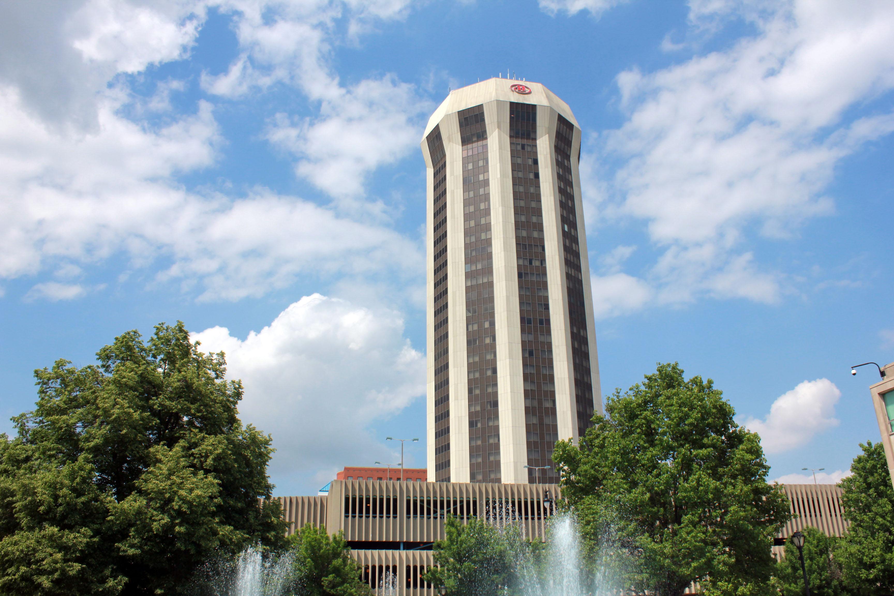 Circular Tower In Springfield Illinois Image Free Stock