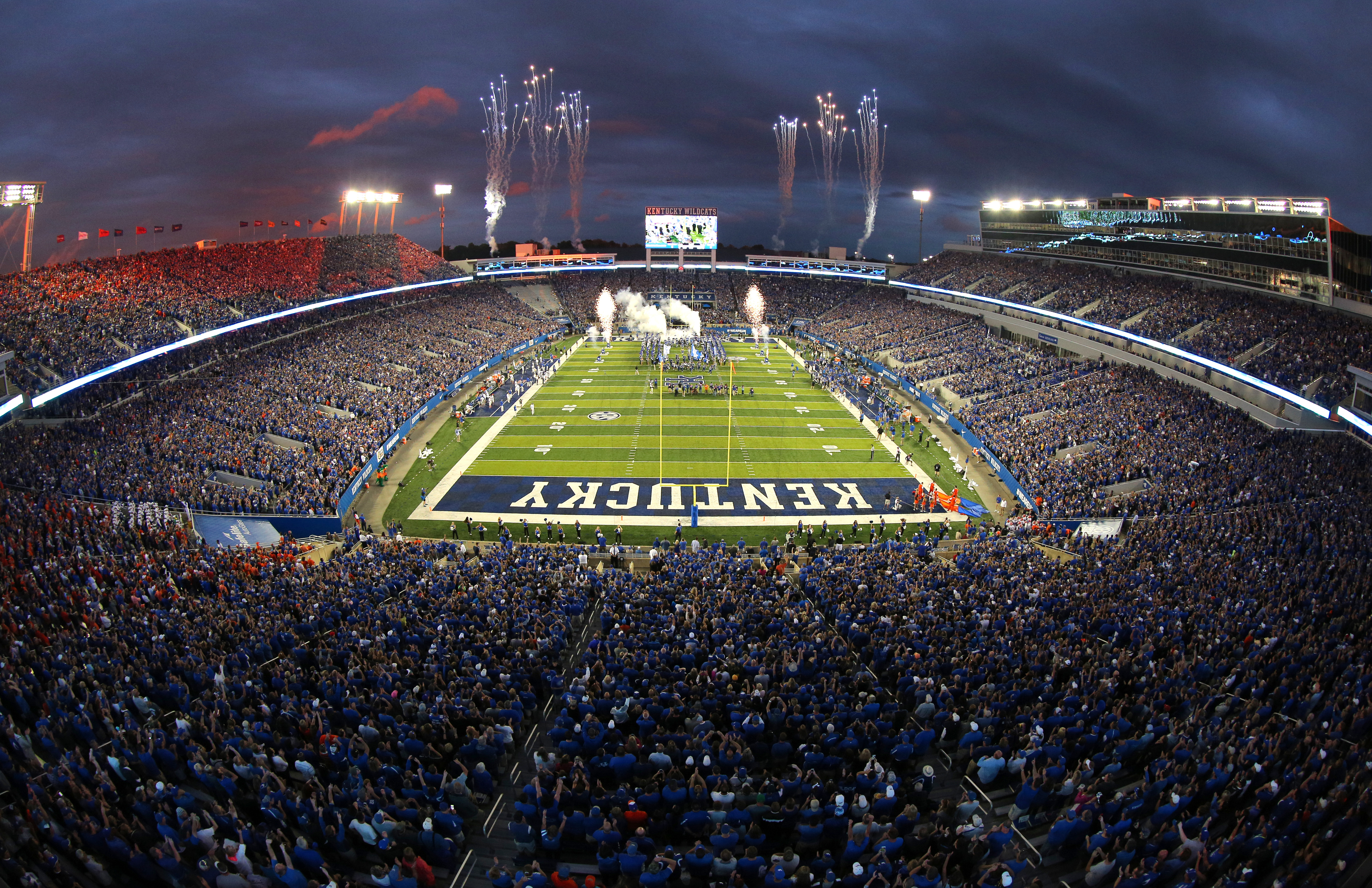 Commonwealth StadiumThe University of Kentucky football ...