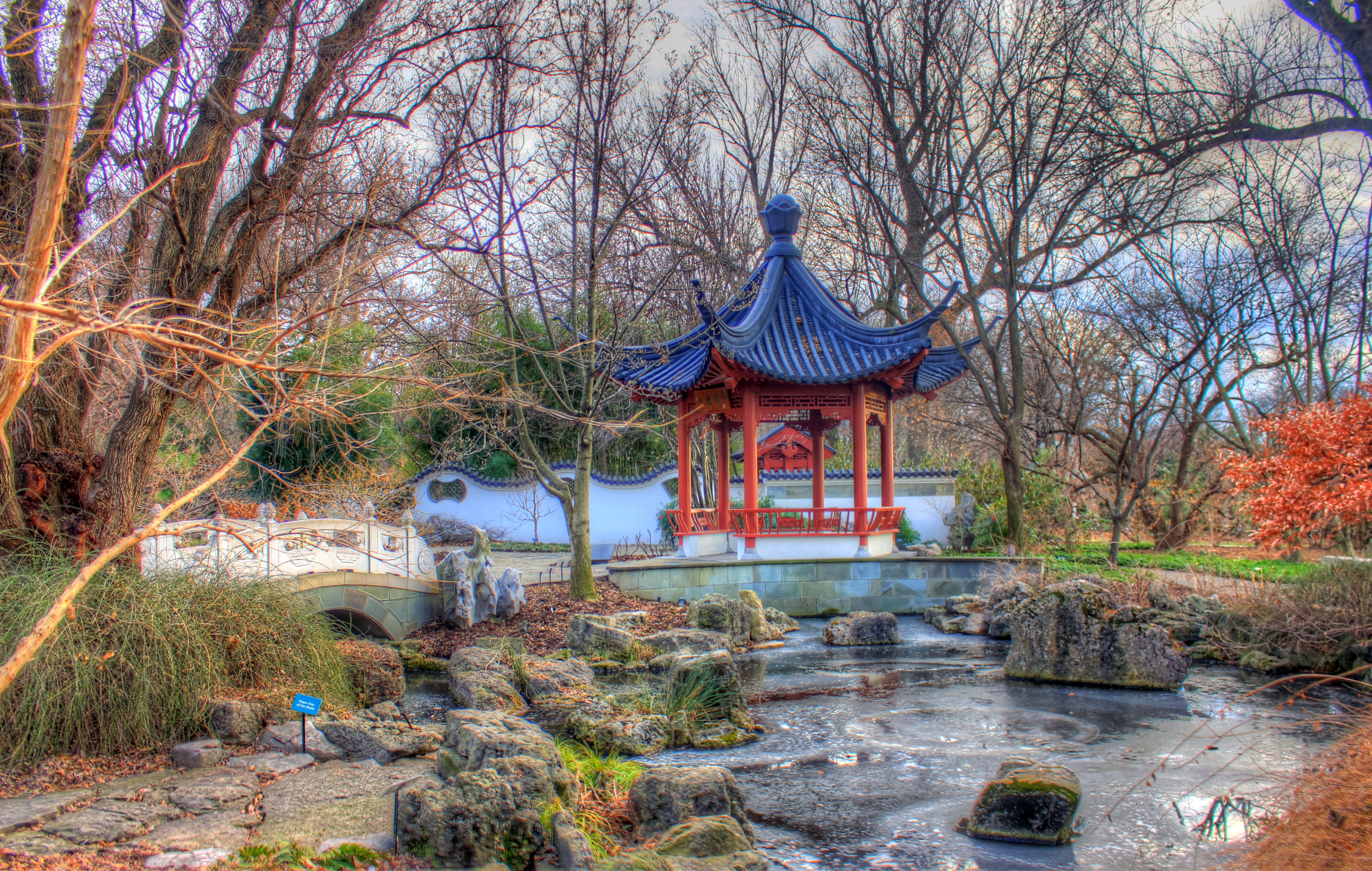 Free Stock of Temple place in Chinese Gardens in St Louis