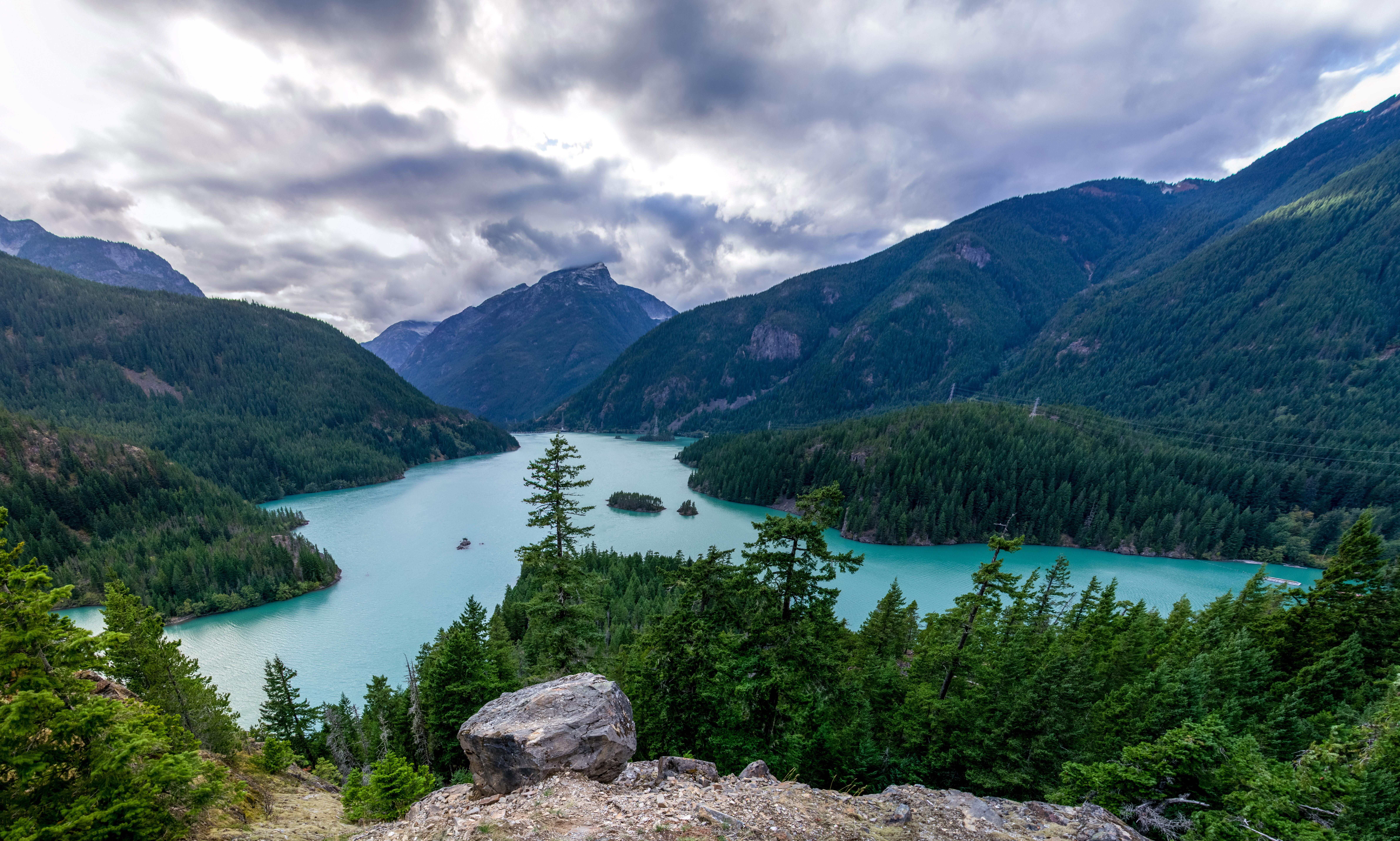 Beautiful landscape at glacier national park montana for Landscape photos