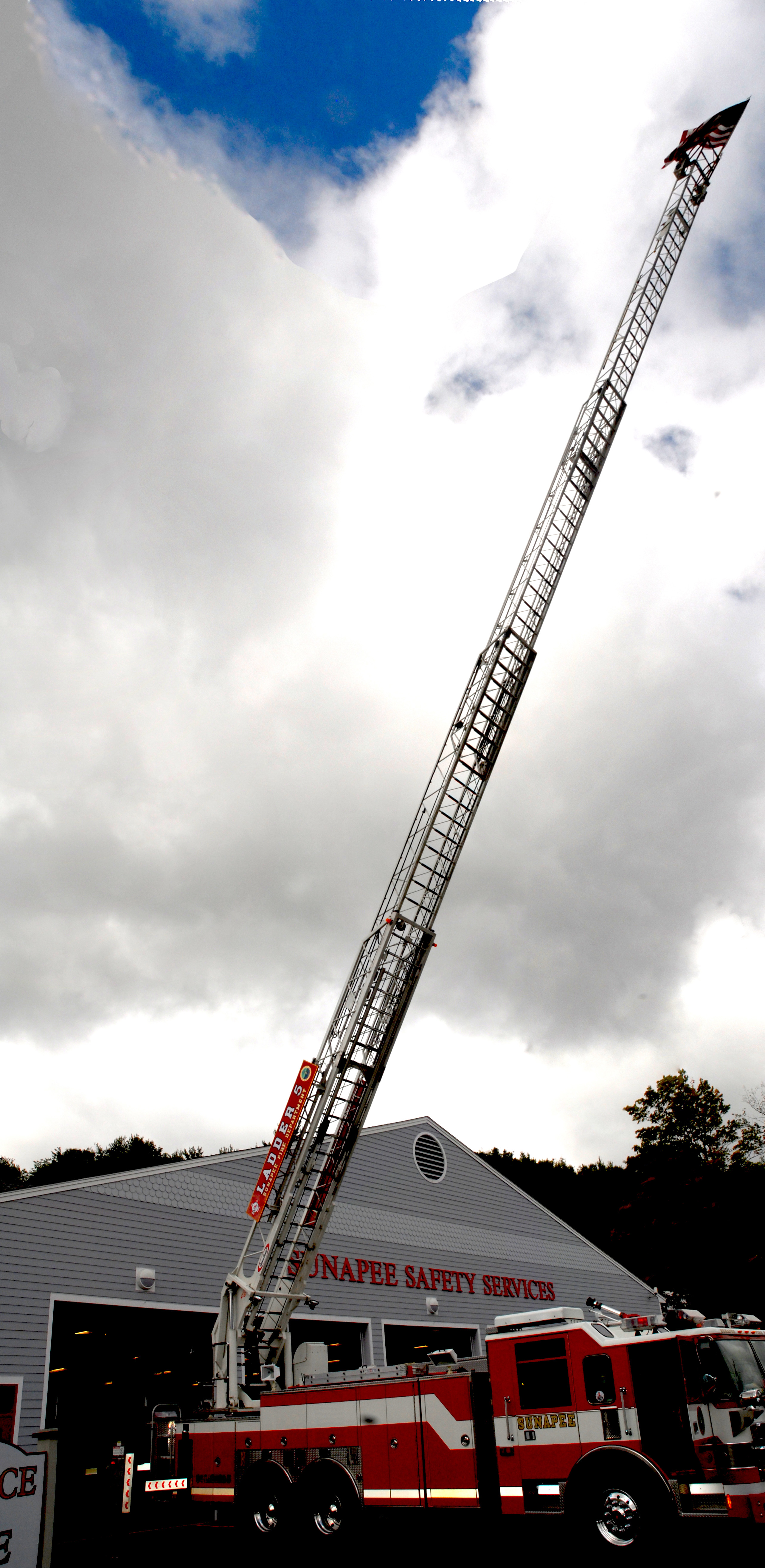sunapee s 100 foot ladder in new hampshire image free stock photo