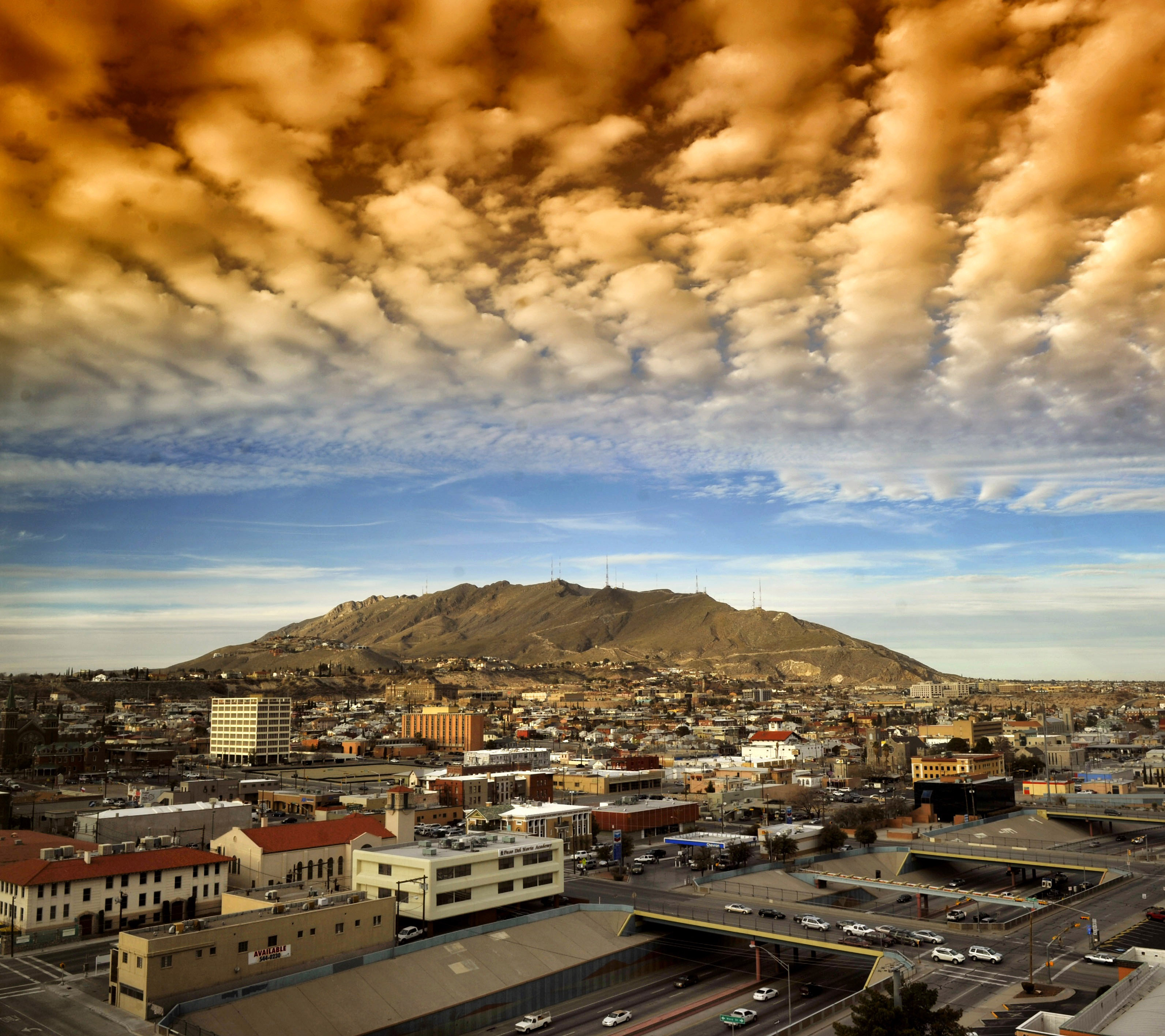 Represent the City in the prosecution of violations of City of El Paso ordinances and Class C misdemeanors. Support the relationship between the City of El Paso Desired: Legal Research Bar.