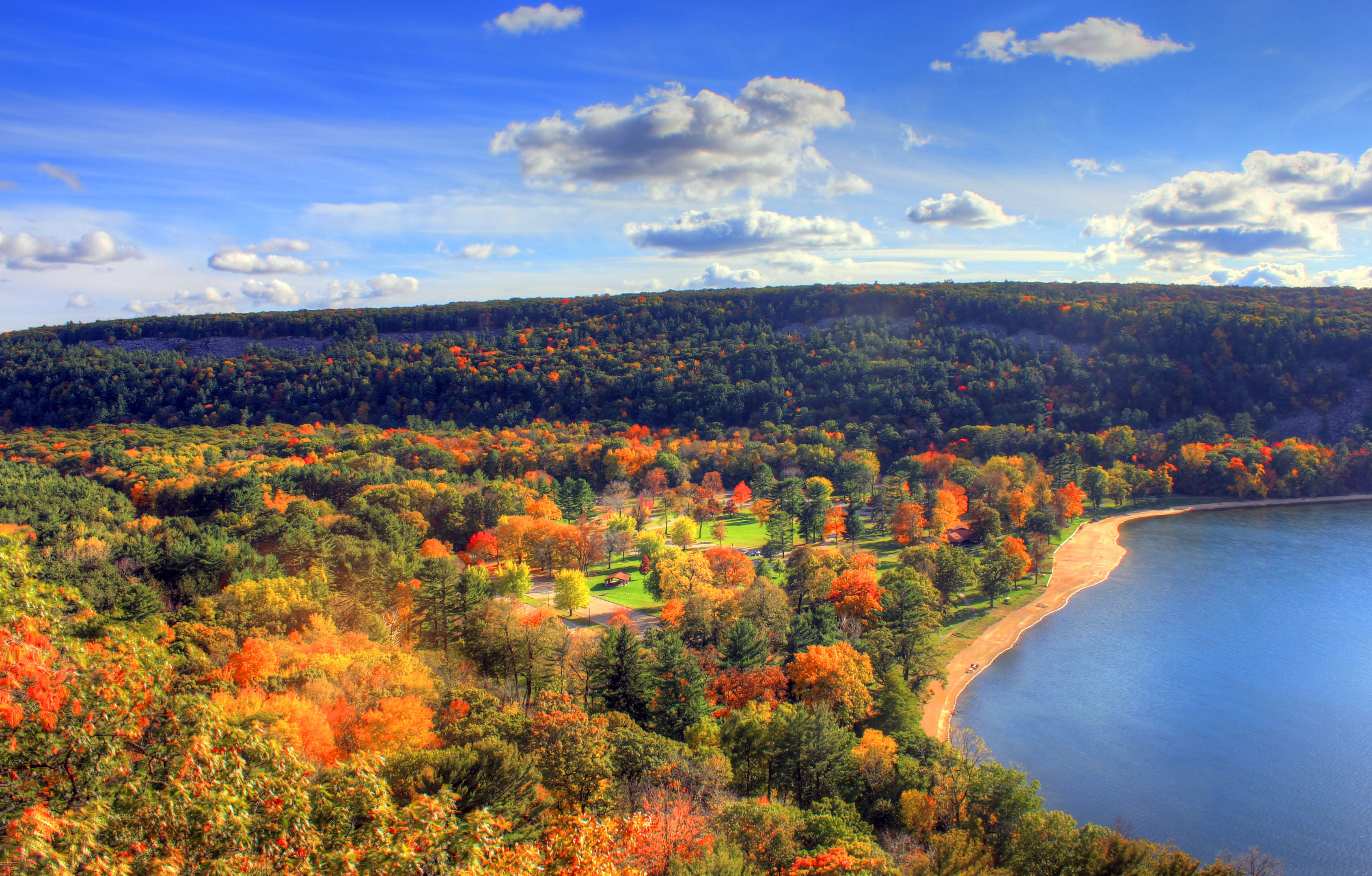 Autumn Colors at Devil's lake
