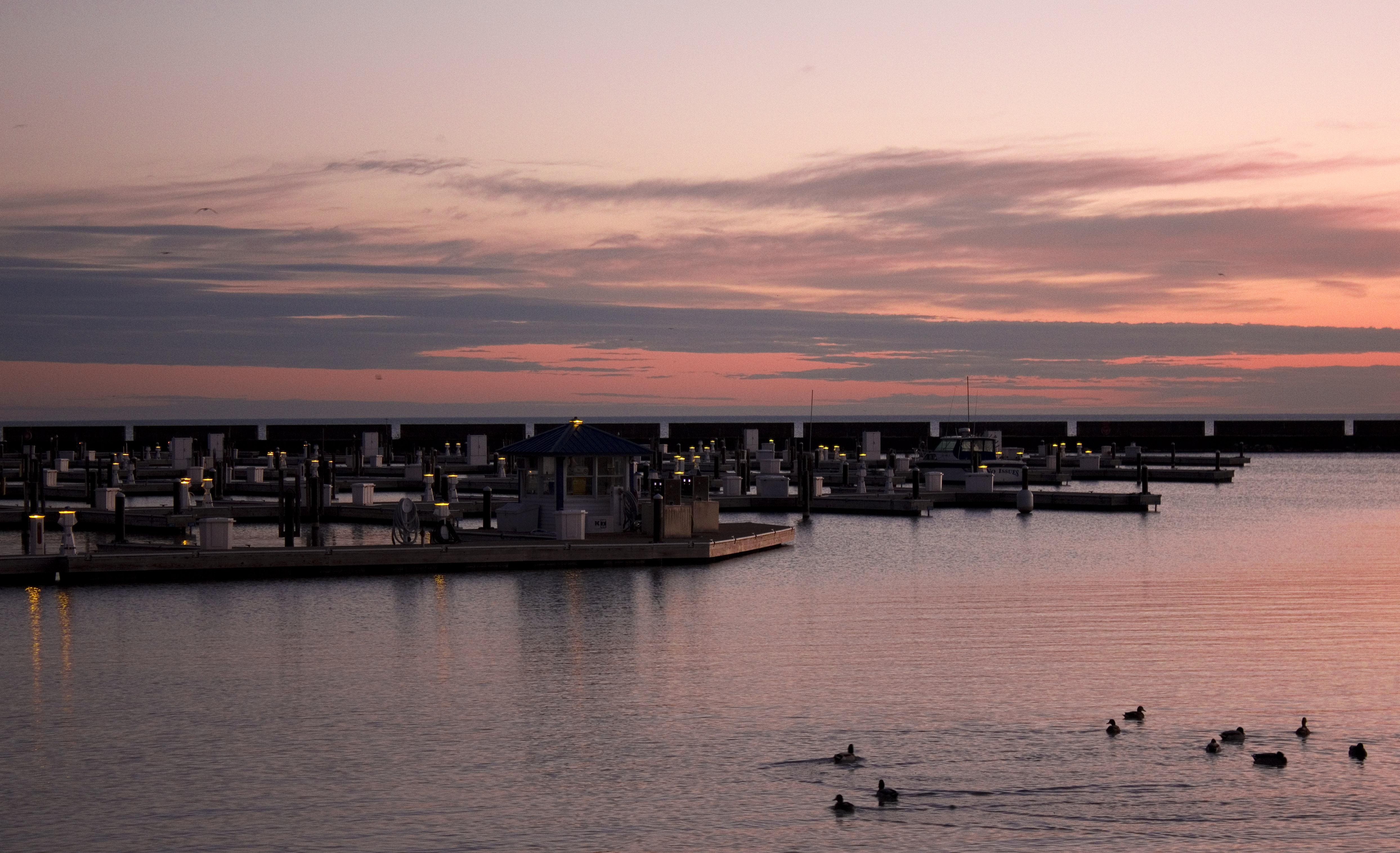 Purple dawn at port washington wisconsin image free for Port washington wi