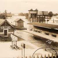 Maitland railway station in Flood, 1930 in New South Wales, Australia