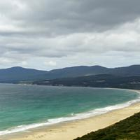 Isthmus between 2 oceans in Tasmania, Australia