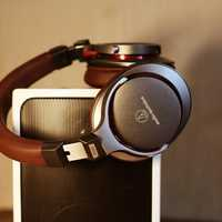 Headphones with Speaker