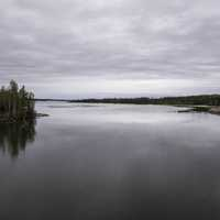 Cloudy landscape of water and the lake on the Ingraham Trail