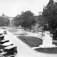 Court House Avenue and Soldier's Monument, 1920s in Brockville, Ontario, Canada