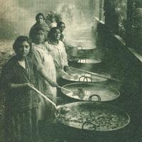 Women in the soup kitchens in 1932 in Santiago, Chile