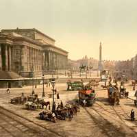Lime Street, Liverpool, in the 1890s with  St.George's Hall in England