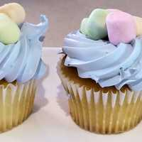 Cupcakes with blue frosting and marshmellows
