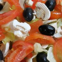 Salad with olives and mushrooms