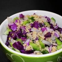 Salad with rice and onions
