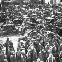 Russian prisoners and guns captured at Tannenberg during World War I