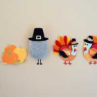 Turkey Art in pilgrim hats of Thanksgiving