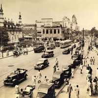 Chowringhee avenue and Tipu Sultan Mosque in central Calcutta, 1945, India