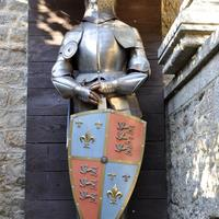Knight Statue with shield