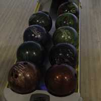 Bowling in the lane rack