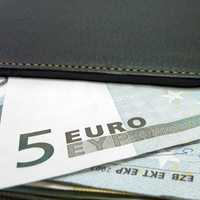 Wallets with Euros coming out