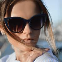 Beautiful Women in Sunglasses