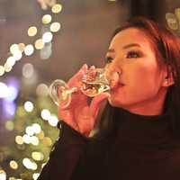 woman-drinking-a-glass-wine