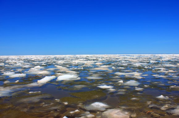 Lake Superior with ice at Porcupine Mountains State Park