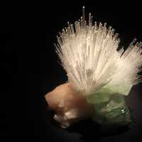 Mesolite and fluorapophyllite
