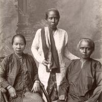 Chinese and Malay women in Singapore in 1890s