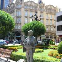Cutler, a sculpture that pays tribute to this important sector in the history of the capital in Albacete, Spain