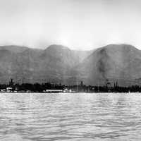 Landscape with ocean and mountains in Lahaina, Hawaii