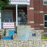 Statue of William Tell and Son in Tell City, Indiana
