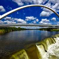 Bridge over the river and waterfall in Des Moines, Iowa