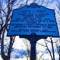 Sign of Hoye Crest in Maryland