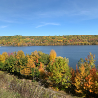 Autumn colors in full bloom in Houghton