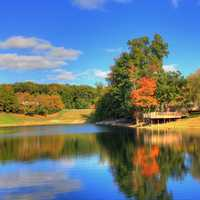 Clubhouse Pond and scenery in St. Louis, Missouri