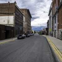 Streets, buildings, and cars in downtown Helena