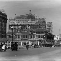 Boardwalk in 1917 in Atlantic City, New Jersey