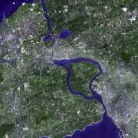 2001 image of the Niagara Peninsula, Niagara Falls and Buffalo, New York